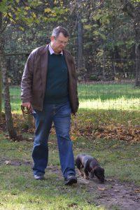 Hans-Joachim führt Roxy ebenfalls frei